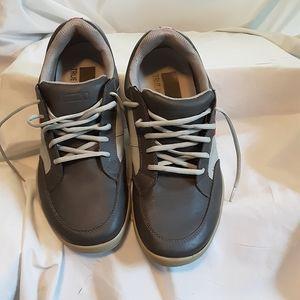 True Links wear golf shoes